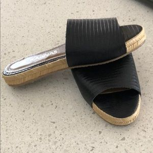 kaanas Shoes - Kaanas black slides